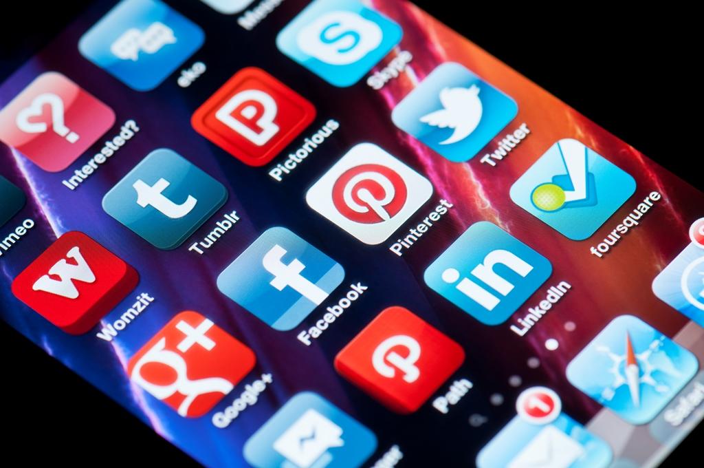 Richard Vanderhurst_Using Apps For Your Mobile Marketing Solution