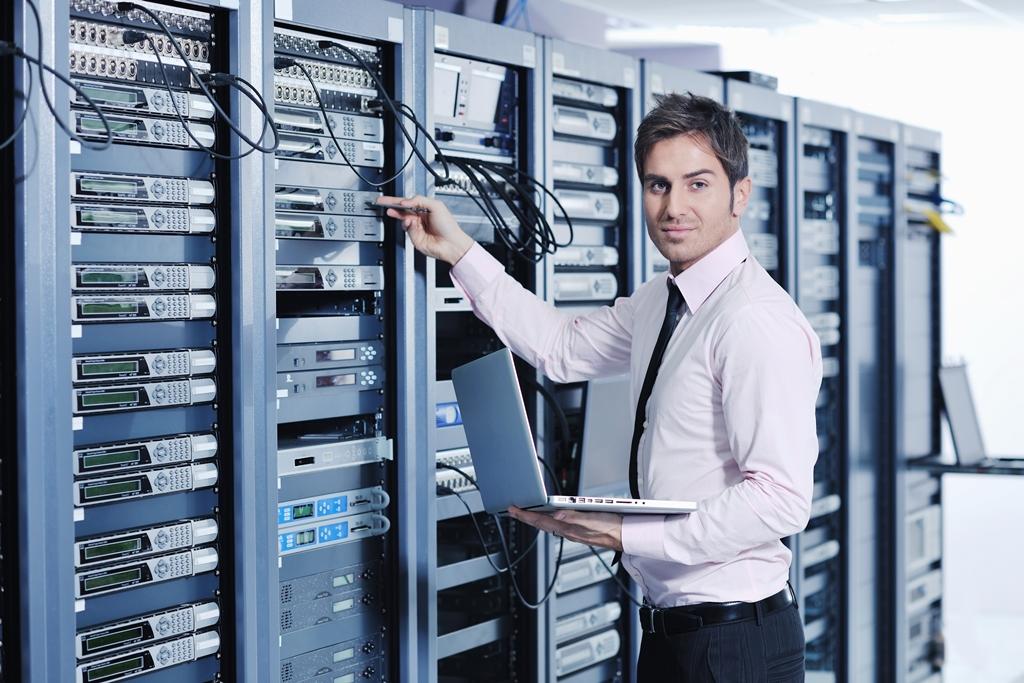 Richard Vanderhurst_How To Choose The Best Web Hosting Service