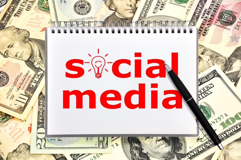Richard Vanderhurst_How To Work Social Media Sites To Market Your Business